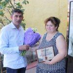 Video ! Doamna Tatiana a primit Flori și o Diplomă din partea primarului A.Botnari !