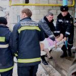 Video ! Serviciul Situații Excepționale Hîncești au salvat o bătrînă de la Moarte.