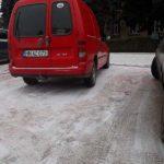 Uite cum a parcat pe Trecerea de Pietoni !