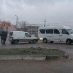 Doua automobile s-au ciocnit în apropiere  de Autogara Hîncești.