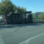 (foto)  O autocisternă s-a răsturnat  la Fundul Galbenei – mun. Hâncești