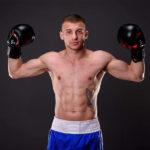 Video! Igor Moșneguță debutează în boxul profesionist cu o Victorie