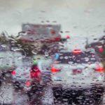 Sfârşit de săptămână cald şi ploios anunțat de meteorologi