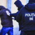 Sute de persoane căutate de oamenii legii timp de 22 zile au fost reținute